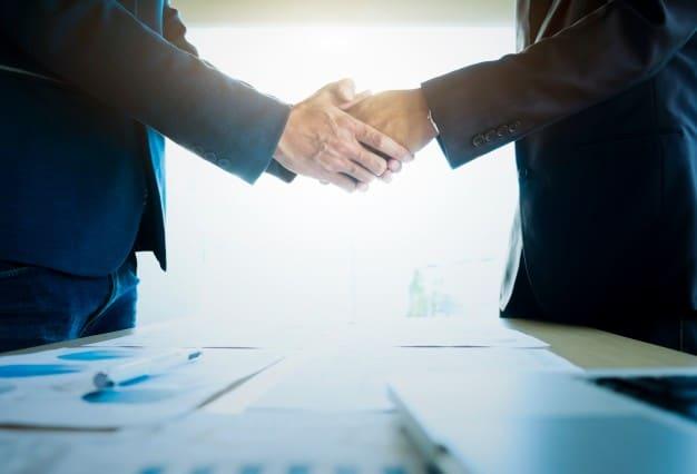 zakładanie i sprzedaż spółek